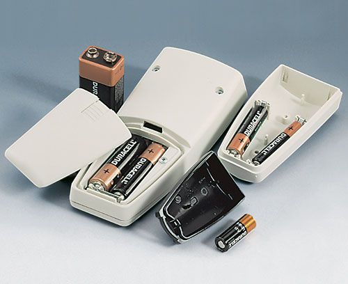 Accept batteries: AAA, AA, 9 V or 12 V round cell