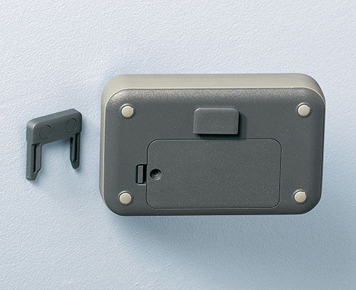 Combi-clip as a wall suspension element (accessory)